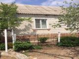 Продаю благоустроенный-кирпичный дом 70 кв. м. Волгоградская обл. г. Фролово.Прямая продажа.Рядом с