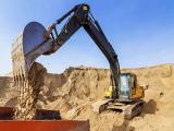Предлагаем карьерный песок.  !! Лучшая цена на рынке – реализуем материал напрямую с собственного ка...