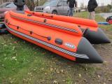 Надувная моторно-гребная лодка REEF 390FНД имеет надувноеднище низкого давления. Данный вид днища по...