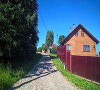 Продаётся уютно расположенный рядом с Псковским озером земельный участок 27 соток с городским статус...