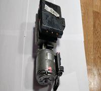Продаться рабочий насос гидроподвески от Citroen C5. Была произведена полностью чистка клапанов и дв...