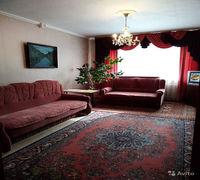 Продам квартиру в районе парка Победы. Комнаты изолированные, светлые. Окна пластиковые выходят на д...
