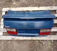 Крышка багажника Toyota Carina E, AT190