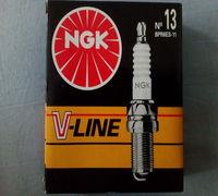 Свеча зажигания для двигателя внутреннего сгорания № 13 BPR6ES-11