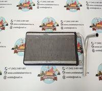 Продаем Радиатор отопителя XB00001051 Hitachi  Применяемость: Hitachi ZX200-5G, ZX200LC-5G, ZX210H-5...