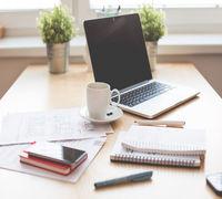 Обязанности: Решение общих и административных вопросов по жизнедеятельности офиса. Готовить документ...