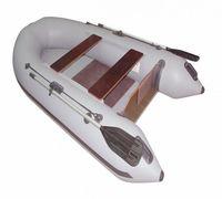 Надувная моторно-гребная лодка REEF 290P имеет плоское дно и комплектуется двумя пайолами. Мотор, у...
