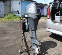 Мотор 2014-ого года.Четырёхтактные подвесные лодочные моторы Ямаха 9.9 л.с. в этом году получил инд...
