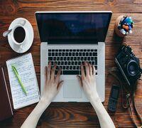 Требуется аккаунт-менеджер для продвижения интернет-магазина в сети. Обязанности: поиск и сотруднич...