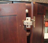 Выполню квалифицированный ремонт (включая мелкий ремонт) мебели на дому. Не перетяжка. Не изготовле...