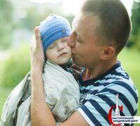 Установление отцовства – важная процедура для общения ребенка с родителями, если те не живут вместе...