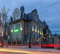 Продаётся гостиница расположенная в центре города Сергиев Посад, в 7 минутах ходьбы от Свято – Трои...