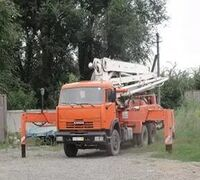 Услуги автомобильного бетононасоса 15, 18, 25, 30, 35, 40, 47, 50, 62 метров Подача бетона на рассто...