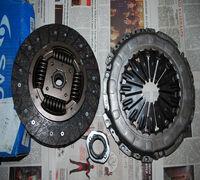 Продаю абсолютно новой комплект сцепления Sachs 3000951556 (корзина, выжимной подшипник и диск сцепл...